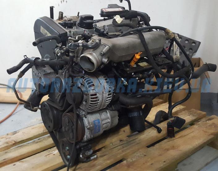 Двигатель AUQ 1.8T  VAG